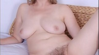 OmaFotzE Sexy Milf Pictures and Photos Collection