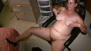 Perfect Amateur Curvy MILF Mature Kaitee Banggs Sexy BBW Tits Nipple Play