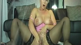 Step Mom Indian Have A Wet Pussy On Webcam
