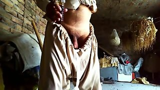 straight masturbation outdoor while mom away