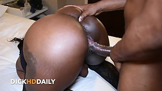SKYLA BUSTIERRE TAKING BACKSHOTS ARCHED PERFECTLY FOR DADDY (CLIP)