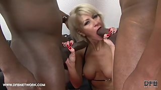 Cathie - Milf Cathie getting a hard double penetration interracial fuck in