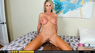 blowjob and riding goldshow (AinsleeDivine)