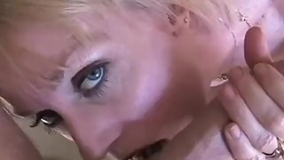 Oral Sex BJ From A Sexy Amateur Granny MILF And Swinger