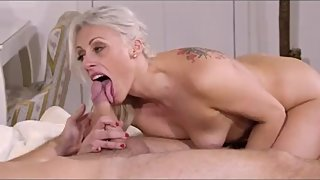Anal therapy with always horny blonde MILF