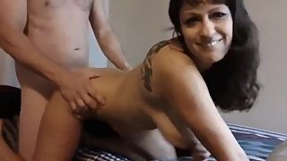 Shameless mature stepmom having a real orgasm with her stepson