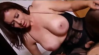 Virgin stepson trying to fuck his mature horny and sexy stepmom